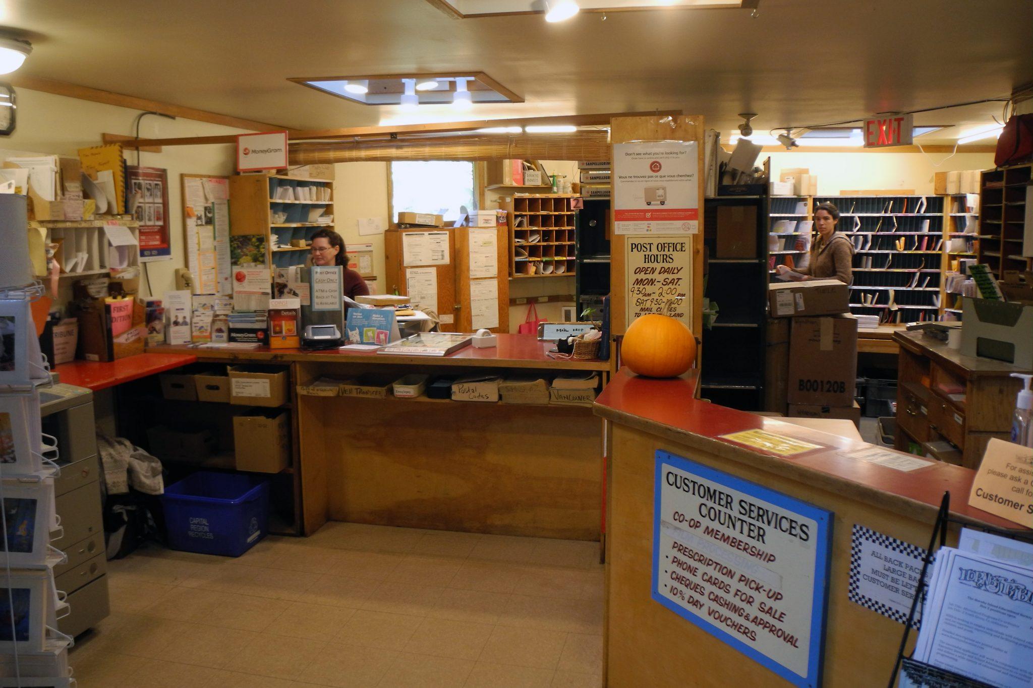 Hornby Island Co-op Post Office